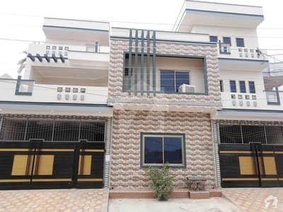 جہانگی والا روڈ بہاولپور میں 6 کمروں کا 8 مرلہ مکان 1.6 کروڑ میں برائے فروخت۔