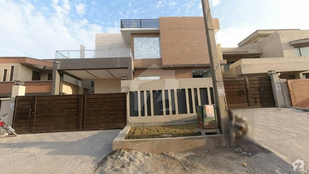 ای ۔ 11/4 ای ۔ 11 اسلام آباد میں 8 کمروں کا 1 کنال مکان 8.5 کروڑ میں برائے فروخت۔