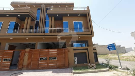 House Of 1125  Square Feet Available In New City
