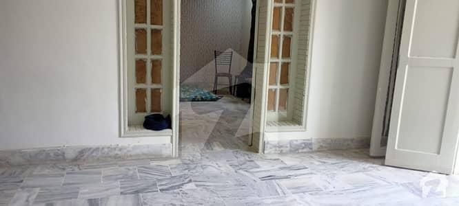 جی ۔ 9 اسلام آباد میں 4 کمروں کا 7 مرلہ مکان 1.1 لاکھ میں کرایہ پر دستیاب ہے۔