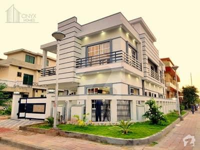 بحریہ ٹاؤن فیز 3 بحریہ ٹاؤن راولپنڈی راولپنڈی میں 5 کمروں کا 10 مرلہ مکان 3.5 کروڑ میں برائے فروخت۔