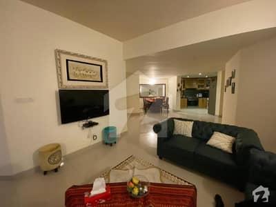 ڈپلومیٹک انکلیو اسلام آباد میں 2 کمروں کا 8 مرلہ فلیٹ 3.8 کروڑ میں برائے فروخت۔