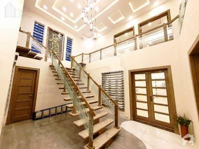 بحریہ ٹاؤن فیز 4 بحریہ ٹاؤن راولپنڈی راولپنڈی میں 5 کمروں کا 1 کنال مکان 5.9 کروڑ میں برائے فروخت۔