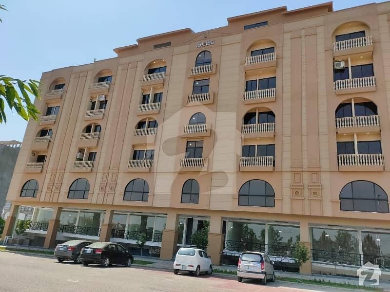 امپوریم اسلام آباد ایف ۔ 10 مرکز ایف ۔ 10 اسلام آباد میں 2 کمروں کا 3 مرلہ فلیٹ 65 لاکھ میں برائے فروخت۔