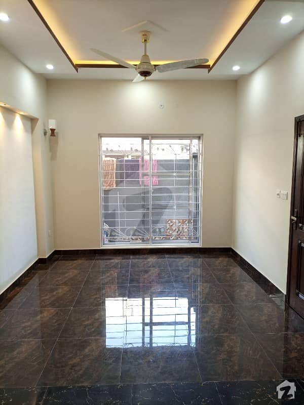 5 Marla Brand New House For Sale In Paragon City Lahore With Gas