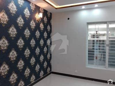 675  Square Feet Upper Portion In Beautiful Location Of Shershah Colony - Raiwind Road In Lahore