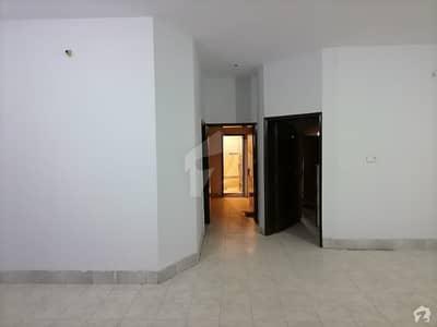 جوبلی ٹاؤن لاہور میں 2 کمروں کا 10 مرلہ مکان 40 ہزار میں کرایہ پر دستیاب ہے۔