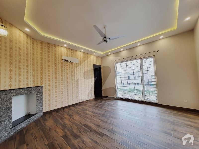 ڈی ایچ اے فیز 6 ڈیفنس (ڈی ایچ اے) لاہور میں 3 کمروں کا 1 کنال بالائی پورشن 1.25 لاکھ میں کرایہ پر دستیاب ہے۔