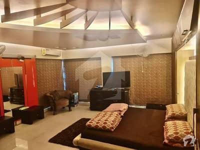 Civil Lines 5 Bedrooms Lavish Pent House For Sale