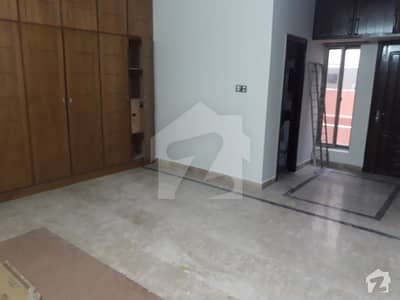 E11 16 Marla 6 Beds 2 Unit House For Rent