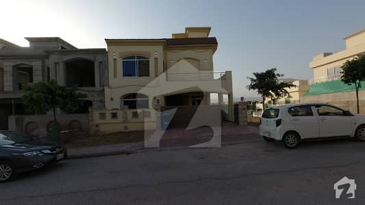 ideal location 10 marla 5bedrooms brand new house for sale in bahria enclave Islamabad sector c1