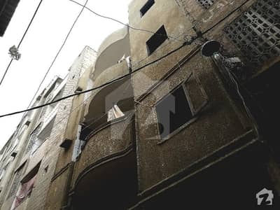 837  Square Feet House In Qayyumabad For Sale