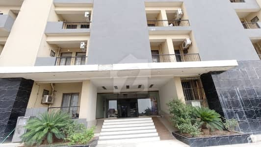 مکہ ٹاور ای ۔ 11 اسلام آباد میں 1 کمرے کا 4 مرلہ فلیٹ 75 لاکھ میں برائے فروخت۔