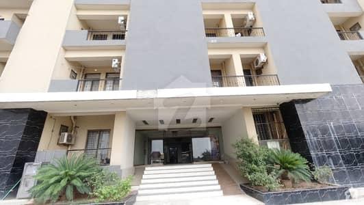 مکہ ٹاور ای ۔ 11 اسلام آباد میں 3 کمروں کا 9 مرلہ فلیٹ 1.8 کروڑ میں برائے فروخت۔
