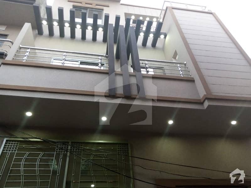 کینال بینک ہاؤسنگ سکیم لاہور میں 3 کمروں کا 3 مرلہ مکان 95 لاکھ میں برائے فروخت۔