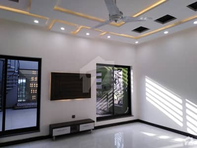 20 Marla New Brand Double Storey House Eden Orchard Sargodha Road Ideal Location Security Gate