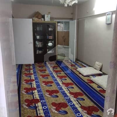 گلشنِ اقبال - بلاک 8 گلشنِ اقبال گلشنِ اقبال ٹاؤن کراچی میں 5 کمروں کا 1.2 کنال مکان 4 لاکھ میں کرایہ پر دستیاب ہے۔