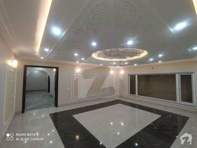 1 Kanal Beautiful Corner House Available For Sale Ideal Location