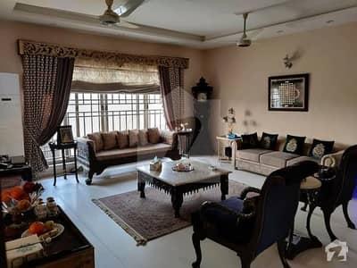 عبداللہ گارڈنز ایسٹ کینال روڈ کینال روڈ فیصل آباد میں 5 کمروں کا 15 مرلہ مکان 2 لاکھ میں کرایہ پر دستیاب ہے۔