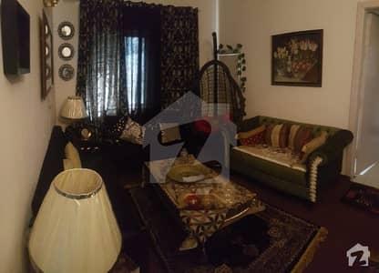 جی ۔ 11 مرکز جی ۔ 11 اسلام آباد میں 2 کمروں کا 3 مرلہ فلیٹ 76 لاکھ میں برائے فروخت۔