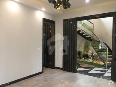 این ایف سی 1 لاہور میں 3 کمروں کا 7 مرلہ مکان 58 ہزار میں کرایہ پر دستیاب ہے۔