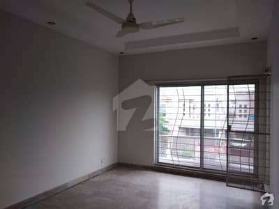 10 Marla House Is Available In Paragon City