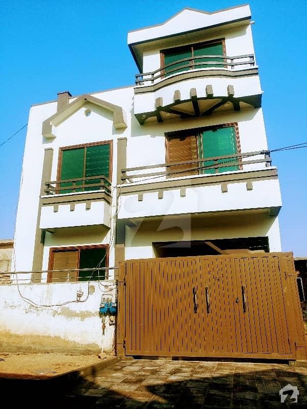 مارگلہ ٹاؤن فیز 2 مارگلہ ٹاؤن اسلام آباد میں 5 کمروں کا 6 مرلہ مکان 2.45 کروڑ میں برائے فروخت۔