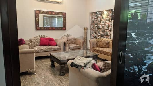 11 Marla Beautiful Corner Owner Built Bungalow For Sale At Very Prime Location