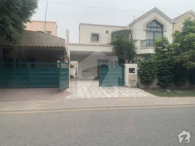12 Marla Royal House For Sale