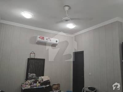 بحریہ ہومز بحریہ ٹاؤن سیکٹر ای بحریہ ٹاؤن لاہور میں 3 کمروں کا 6 مرلہ مکان 1.2 کروڑ میں برائے فروخت۔