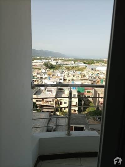 کیپیٹل ریزڈنشیا مرگلہ ہِلز-2 ای ۔ 11 اسلام آباد میں 4 کمروں کا 11 مرلہ فلیٹ 2.15 کروڑ میں برائے فروخت۔