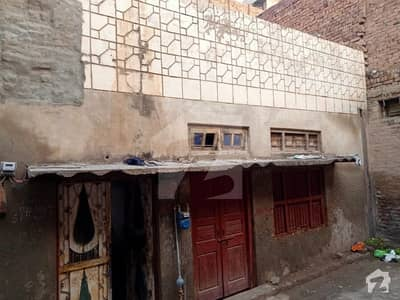 1125 Square Feet Spacious House Available In Jaranwala For Sale