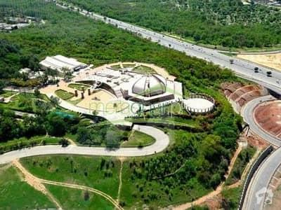 جی ۔ 9 مرکز جی ۔ 9 اسلام آباد میں 1 کمرے کا 3 مرلہ فلیٹ 1.1 کروڑ میں برائے فروخت۔