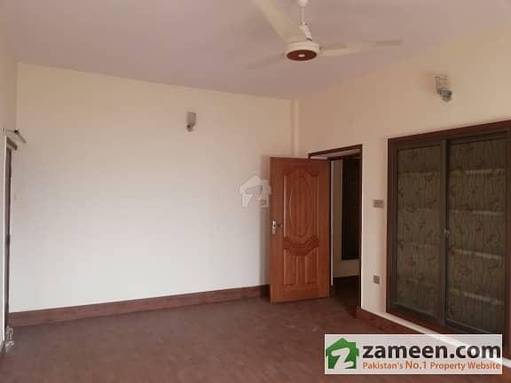 Flat For sale At Old Anarkali Food Street