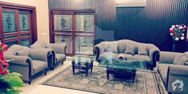 ڈی ایچ اے فیز 2 ڈیفنس (ڈی ایچ اے) لاہور میں 2 کمروں کا 1.1 کنال زیریں پورشن 1.5 لاکھ میں کرایہ پر دستیاب ہے۔
