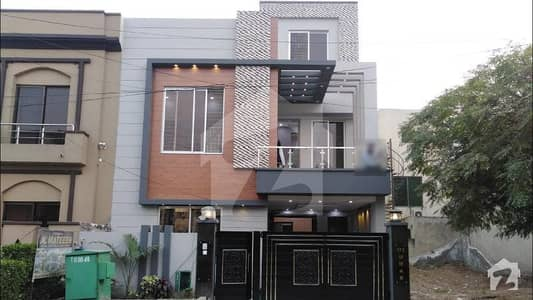5 Marla Brand New House For Rent In Cc Block Bahria Town Lahore