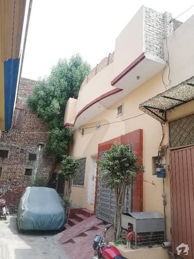 گلستان کالونی نمبر 1 فیصل آباد میں 4 کمروں کا 5 مرلہ مکان 99 لاکھ میں برائے فروخت۔