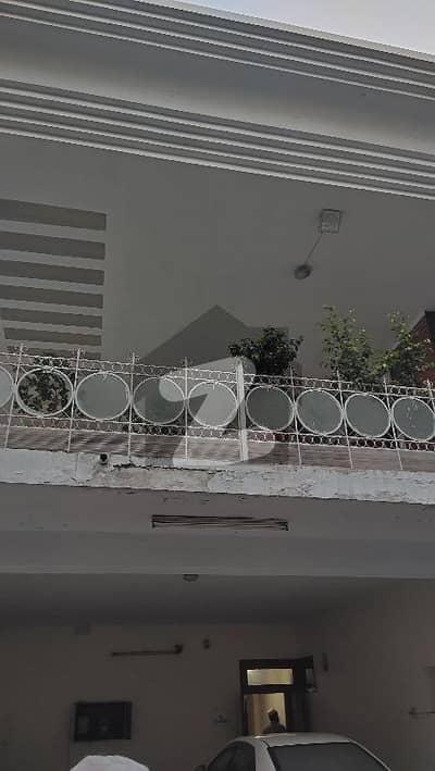 ڈیفینس آفیسر کالونی پشاور میں 9 کمروں کا 2 کنال مکان 15 کروڑ میں برائے فروخت۔