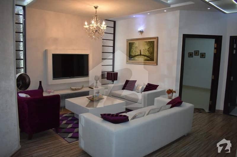 ڈی ایچ اے فیز 8 ڈیفنس (ڈی ایچ اے) لاہور میں 2 کمروں کا 4 مرلہ فلیٹ 1.25 کروڑ میں برائے فروخت۔