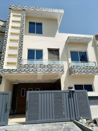 5 Marla Brand New Well Construct Corner House For Sale