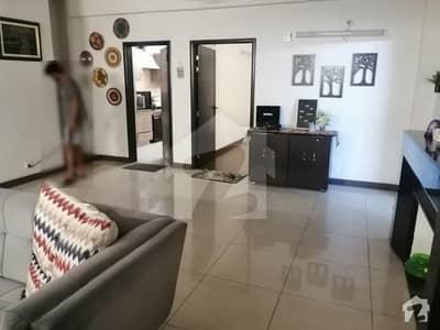 ماڈل ٹاؤن ۔ بلاک این ماڈل ٹاؤن لاہور میں 2 کمروں کا 6 مرلہ فلیٹ 1 کروڑ میں برائے فروخت۔