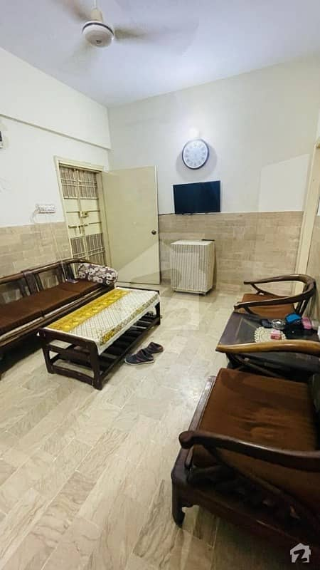3Rooms VIP Flat For Sell In Latifabad  Direct Owner