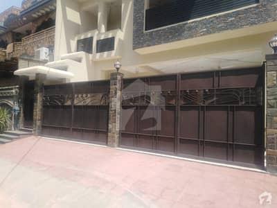 حیات آباد فیز 3 - کے2 حیات آباد فیز 3 حیات آباد پشاور میں 7 کمروں کا 10 مرلہ مکان 5.85 کروڑ میں برائے فروخت۔