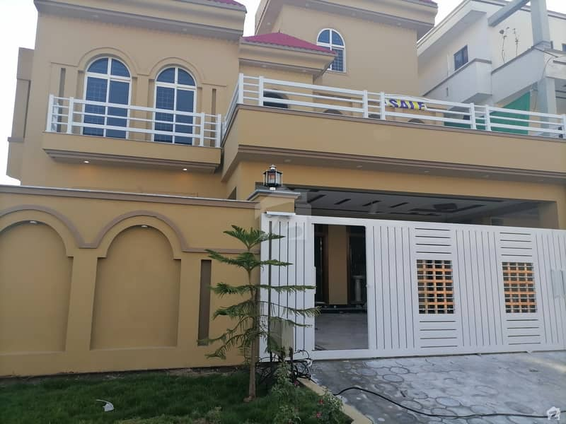 House For Sale With 2 Meters & Gas Available