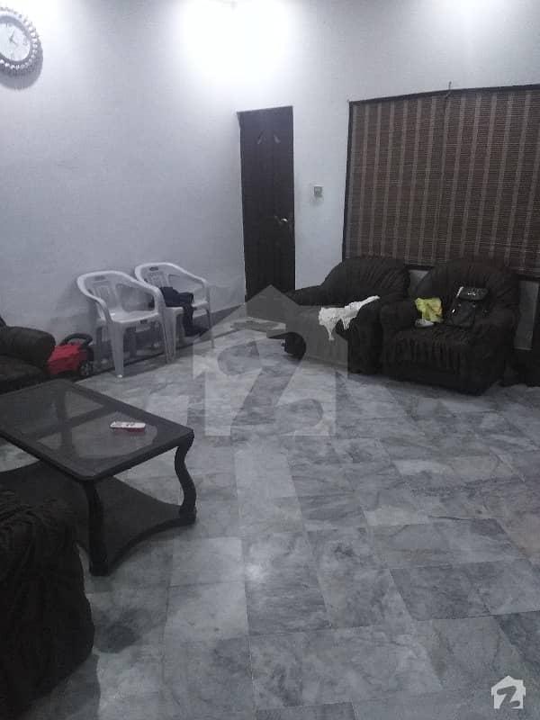 لال پل مغلپورہ لاہور میں 4 کمروں کا 5 مرلہ مکان 1.1 کروڑ میں برائے فروخت۔