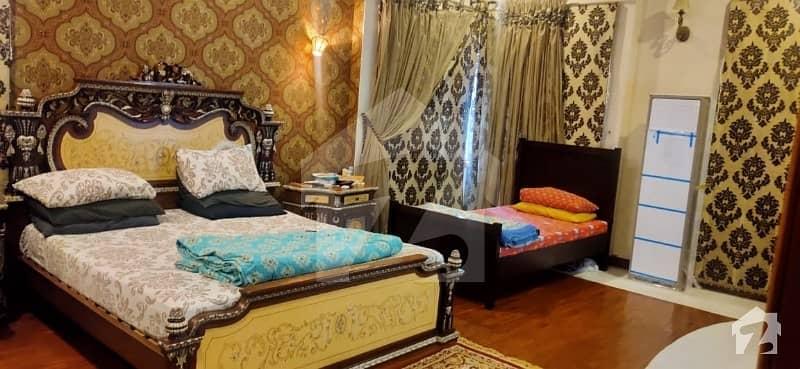 ڈی ایچ اے فیز 7 ڈی ایچ اے کراچی میں 2 کمروں کا 1 کنال مکان 8.5 کروڑ میں برائے فروخت۔