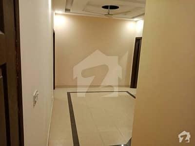 ای ۔ 11/3 ای ۔ 11 اسلام آباد میں 2 کمروں کا 3 مرلہ فلیٹ 65 لاکھ میں برائے فروخت۔
