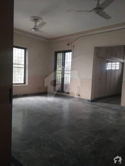 ویلینشیاء ہاؤسنگ سوسائٹی لاہور میں 3 کمروں کا 5 مرلہ مکان 44 ہزار میں کرایہ پر دستیاب ہے۔