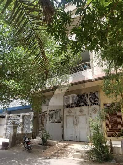 100 Sq Yard  3 Floors House For Sale  Prime location