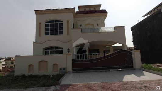 Prime Location 10 Marla 5 Bedrooms Brand New House For Sale In Bahria Enclave Islamabad Sector C1